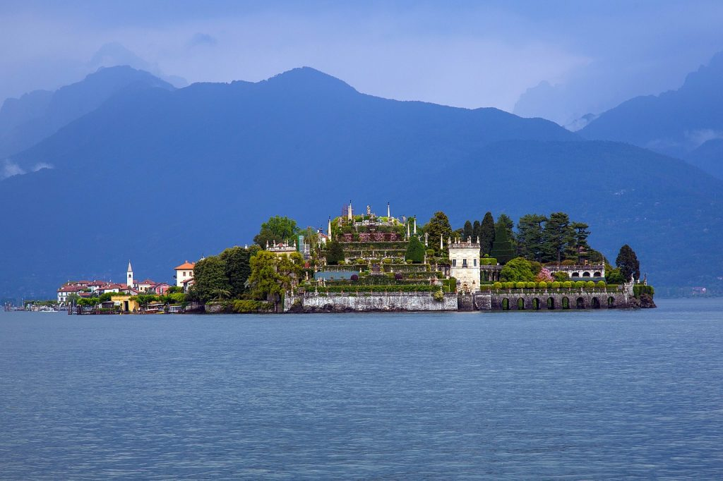 "12 DAYS NORTHERN ITALIAN LAKES SMALL GROUP TOUR: ""MAJESTY OF THE ITALIAN LAKES"""
