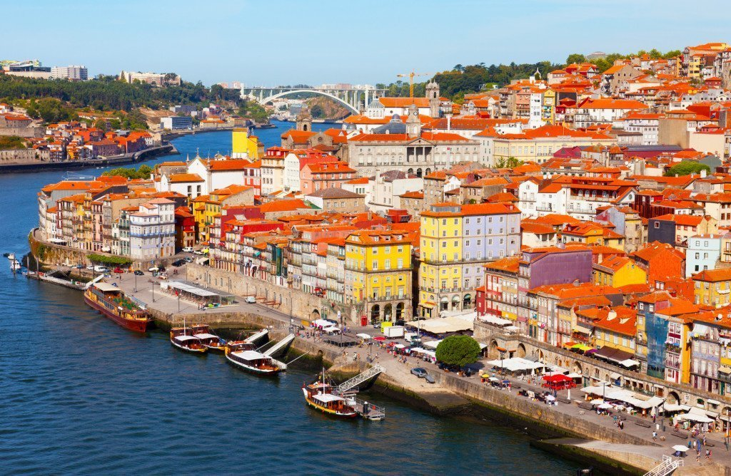 "11 DAYS PORTUGAL SMALL GROUP TOUR: ""TAPESTRY OF PORTUGAL & DOURO VALLEY"""