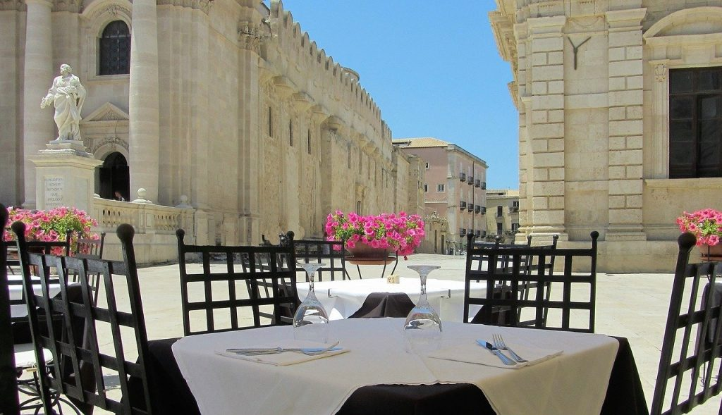 "8 DAYS SICILY PRIVATE TOUR: ""FOOD & WINE OF SICILY"""