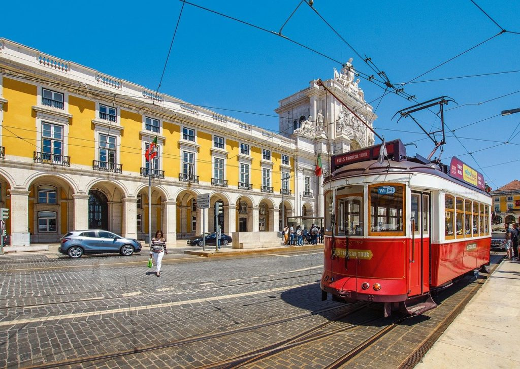 "8 DAYS PORTUGAL PRIVATE TOUR: ""AUTHENTIC PORTUGAL"""